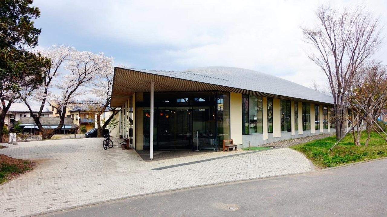 長野小布施町立圖書館まちとしょテラソ