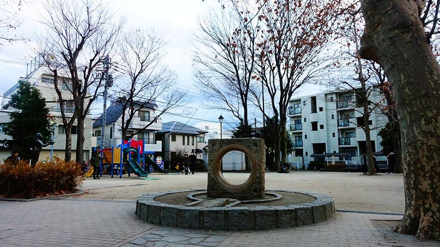 高圓寺南口中央公園