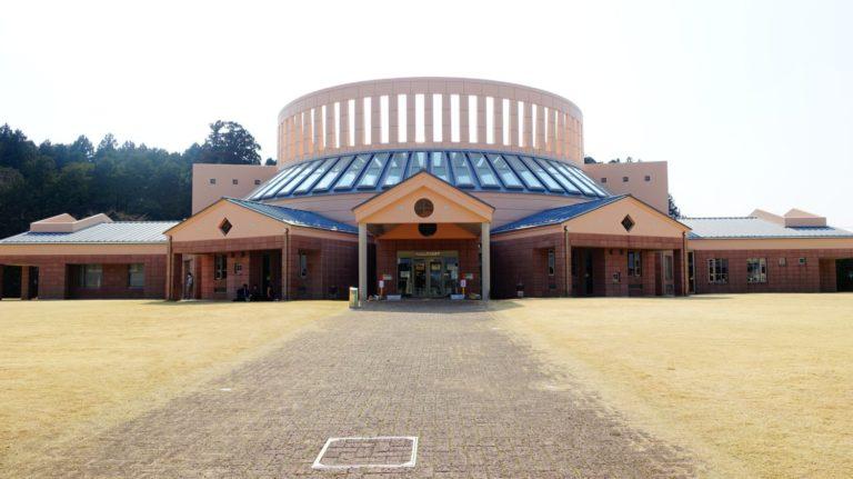 茨城縣水戶市立西部圖書館外觀